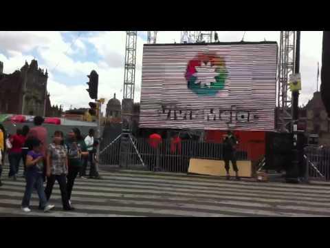 El Zócalo se prepara xa gritar VIVA MÉXICO!