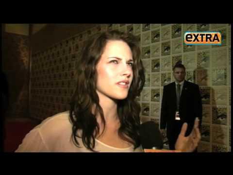 Extra TV Comic Con Breaking Dawn Robert Pattinson Kristen Stewart