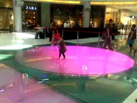 raine in dubai mall part 1