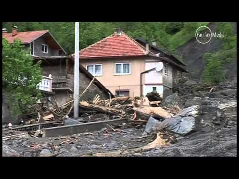 Thousands flee deadly floods in Serbia, Bosnia