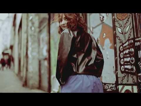 télécharger ELISA JO – Back Around