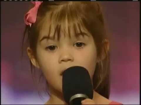 Tadi saya lihat video ini di On The Spot Trans7 jadi saya terinspirasi buat nge-share. Lucu gak si Kaitlyn Maher?