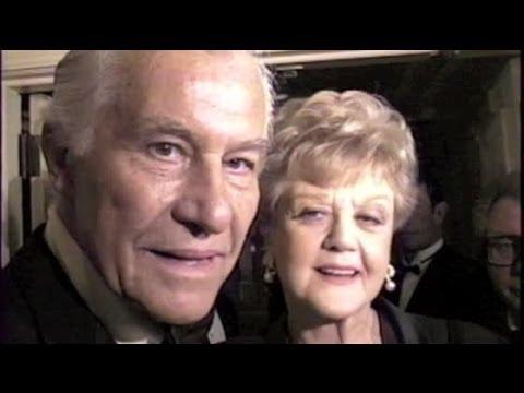 ANGELA LANSBURY and husband hobnob with ANTHONY HOPKINS and HELEN MIRREN - 1995