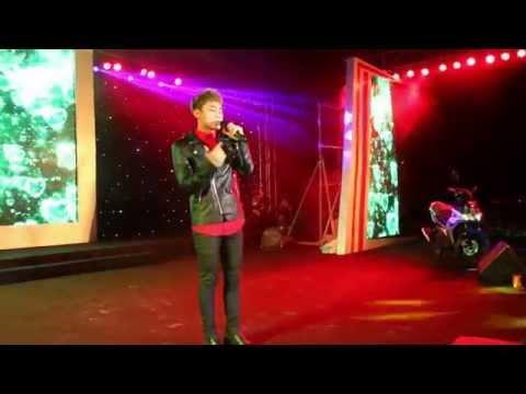Sơn Tùng MTP cháy hết mình với khán giả Hà Tĩnh 12/2014