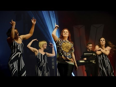 Katy B - Crying For No Reason (BBC Radio 1's Big Weekend 2014)