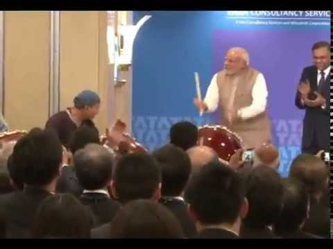 PM plays drums on Japan visit!