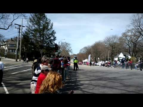 Quackking Presents: 2014 Boston Marathon at Heartbreak Hill Pt 1