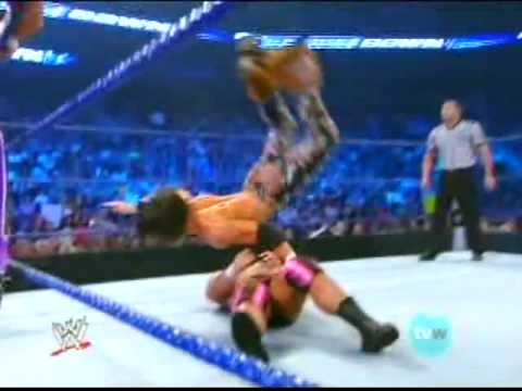 Jeff Hardy WWE Smackdown 08/21/09 - Jeff Hardy/ Matt Hardy /John Morrison VS CM Punk (HQ) Part 2