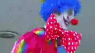 FUNNIEST DANCING CLOWN
