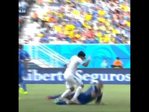 Luis Suarez Faking his injury World Cup 2014