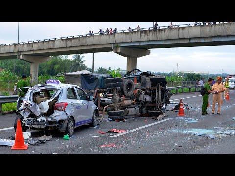 Chưa đầy 3 tháng, hơn 2100 người chết vì tai nạn giao thông tại Việt Nam