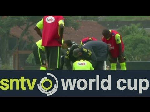 Neymar gives Brazil injury scare