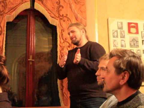 Сергій Ахременко ділиться враженнями після вистави акторів з Черкас