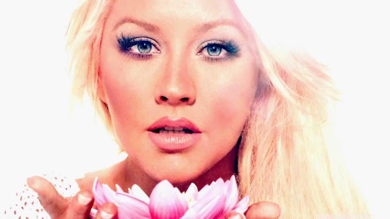 Christina Aguilera - B... Christina Aguilera Youtube