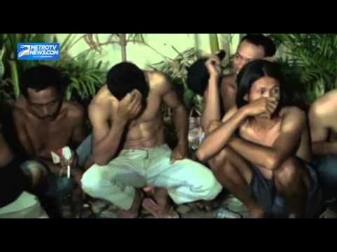 Polisi Gerebek Judi Sabung Ayam di Makassar