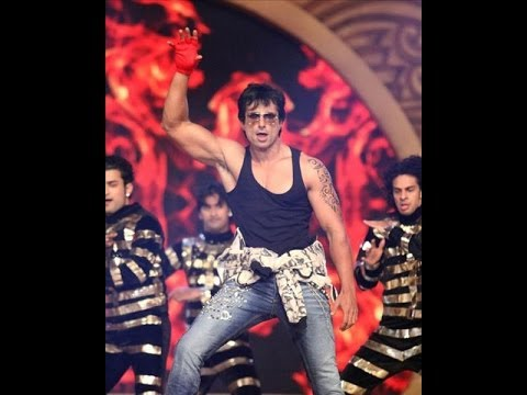 Sonu Sood Strip On Stage @ 20th Life OK Awards
