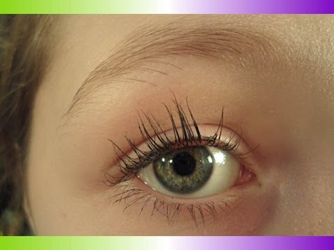 How to Make Your Lashes to Appear Longer with a Cotton Ball!,