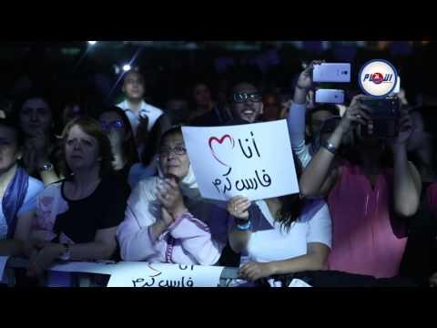 فارس كرم يطرب جمهور منصة النهضة بالدبكة اللبنانية