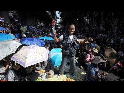 THAILAND PROTESTS: WALKING THE STREETS OF BANGKOK - BBC NEWS