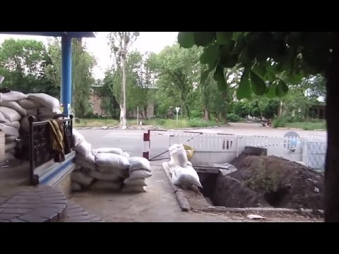 ATO Combat Surrounds Sheckpoint In Sloviansk, May 26 2014