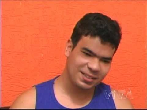Leandro que passou por tratamento com internação devido à dependência de crack e agora conta sua his