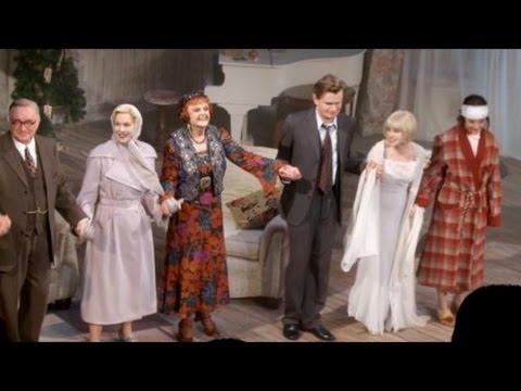 Angela Lansbury Wins Hearts In Blithe Spirit