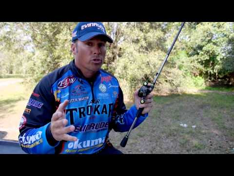 Bass Fishing: How to fish a Plastic Worm with Scott Martin