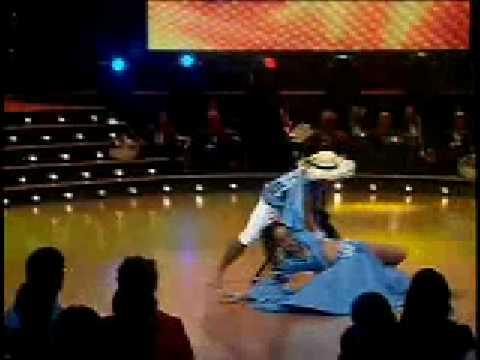 Esencia Latina de Costa Rica - calypso - Bailando por un Sueño 2008