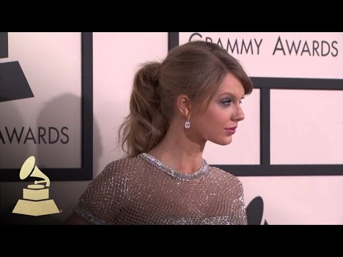 Taylor Swift: 56th GRAMMY Red Carpet Fashion Cam