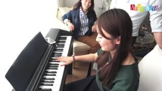 Khánh Vy tập đánh Piano siêu dễ thương [4K Version]
