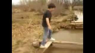 La caida al agua
