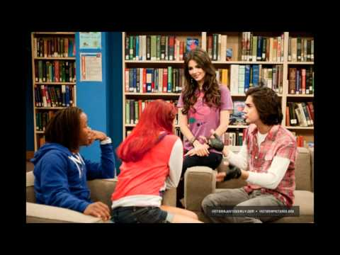Hình ảnh trong video Victorious: 'Don't You Forget About Me Song