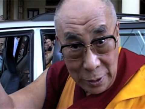 03 Oct, 2013 - Dalai Lama urges India to implement teachings of Mahatma Gandhi