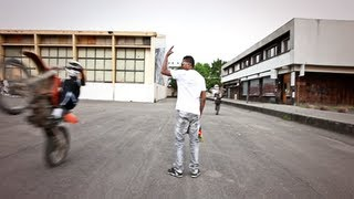 Wals - Wally Bomayé // Directed By A-Boss (HD) view on youtube.com tube online.