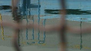 أفغانيات يسعين لخوض غمار السباحة رغم القيود الاجتماعية |