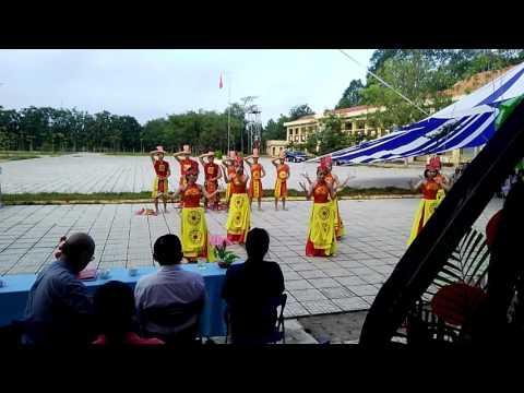 Giải nhất múa - Dòng máu lạc hồng - 12A2 - THPT Lương Thế Vinh