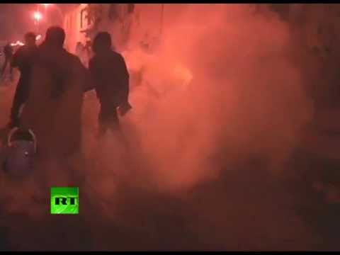 Caught in mayhem: RT crew tear-gassed in Egypt