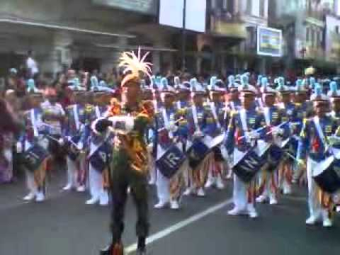 Drumband AAU Yogyakarta 2014 11