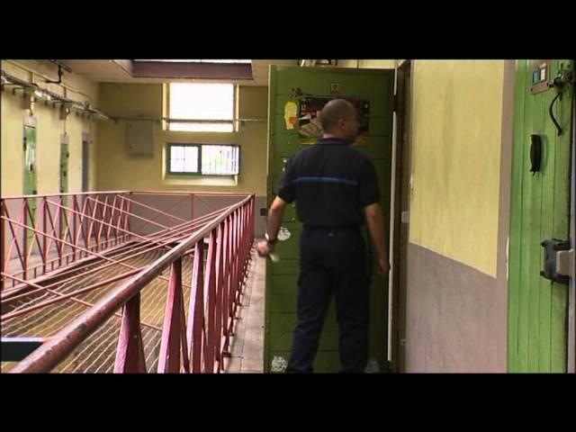 Lien vers : http://www.carceropolis.fr/D-une-prison-l-autre,239.html