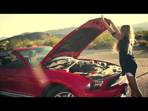 Смотреть клип KReeD ft. Polina Faith - Расстояния