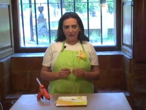 como hacer un corsage para el baby shower de conejito youtube