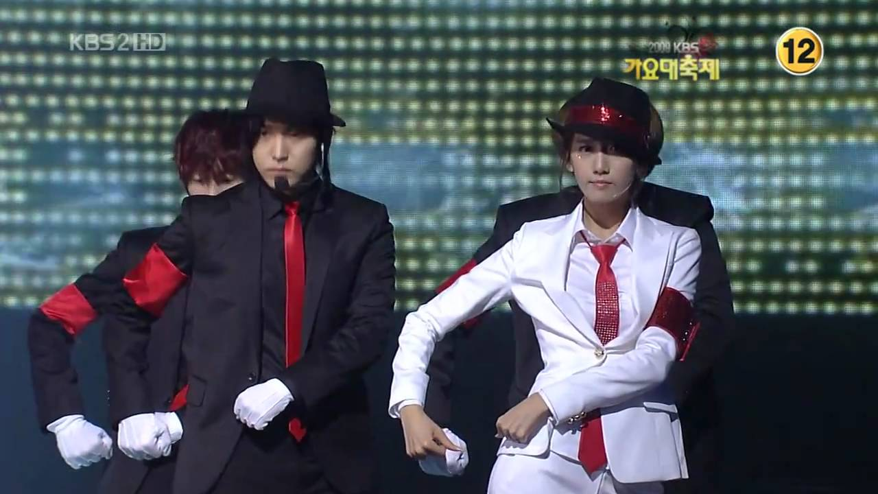 Super Junior SNSD SHINee - Smooth Criminal 3/4 09 Gayo Fest.K Dec30.2009 GIRLS\' GENERATION 720o HD