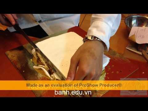 Hướng Dẫn Làm Bánh Sinh Nhật Cơ Bản - Bài 2 : Trát Kem Và Trang Trí cơ bản - www.banh.edu.vn