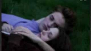 Twilight: Kiss My Eyes And Lay Me To Sleep