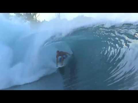 Red Bull Surfing Mentawais 2009 - Clip 2