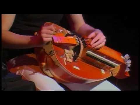 "UB Live - Australie - ""Drones"""