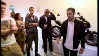 Dynamo Rio Ferdinand Ducks Then Walks Through Glass
