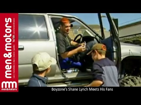 Boyzone's Shane Lynch Meets His Fans