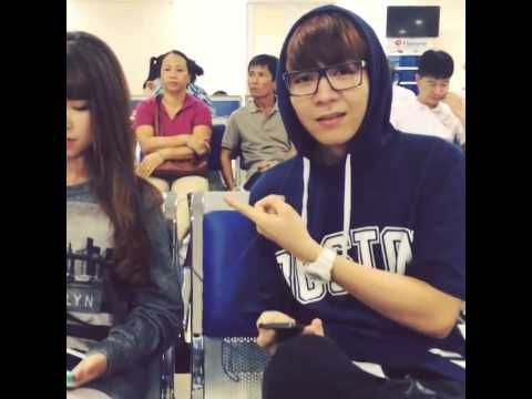 [18.8.2014] Khởi My và Kelvin Khánh tại sân bay.