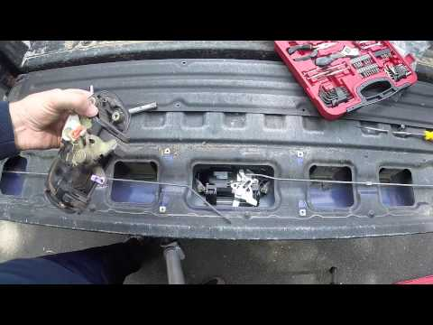 Toyota sequoia broken rear hatch latch repair for 2002 toyota tundra rear window latch